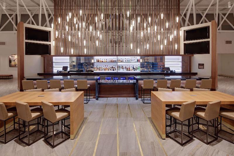 Bar Hilton Nashville Airport