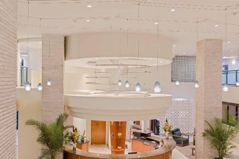 Lobby Best Western Plus Atlantic Beach Resort