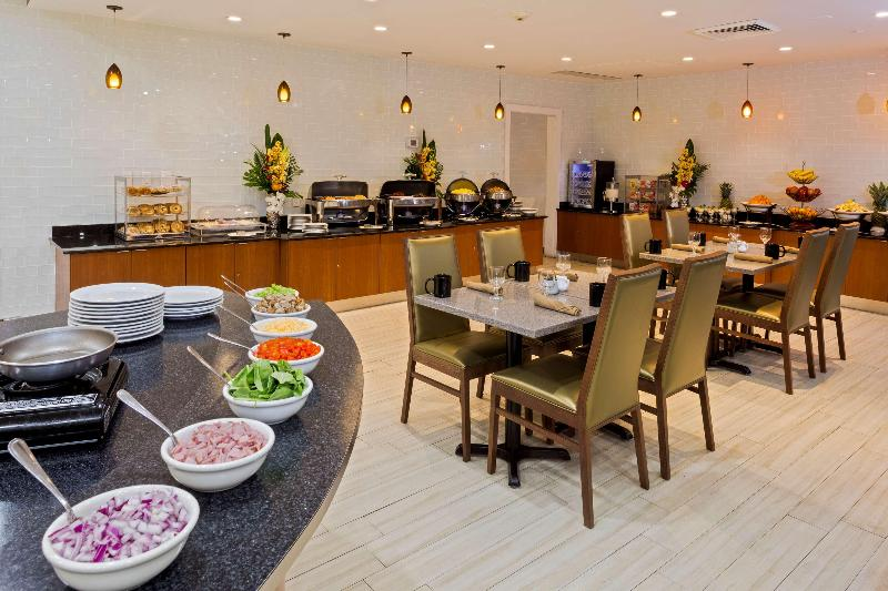 Restaurant Best Western Plus Atlantic Beach Resort