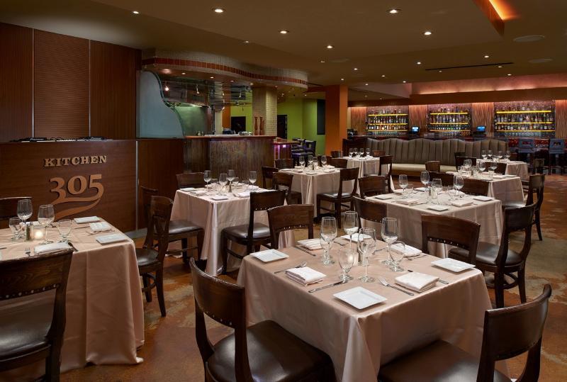 Restaurant Newport Beachside Hotel & Resort