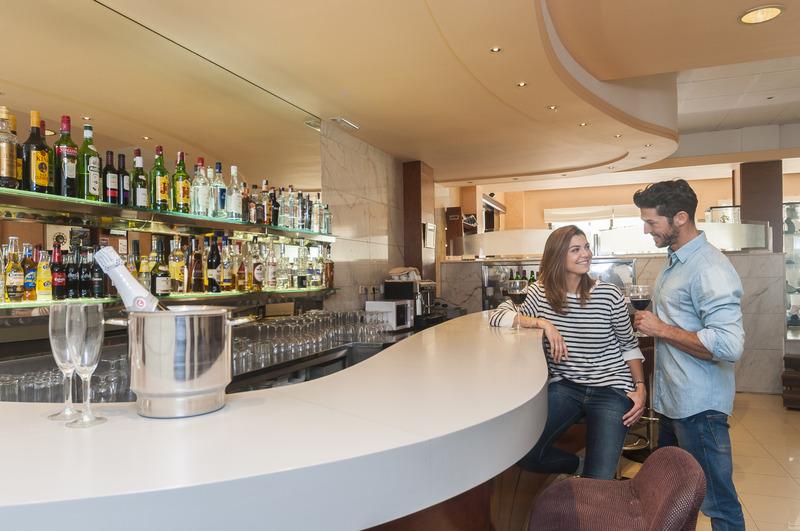 Bar Lauria