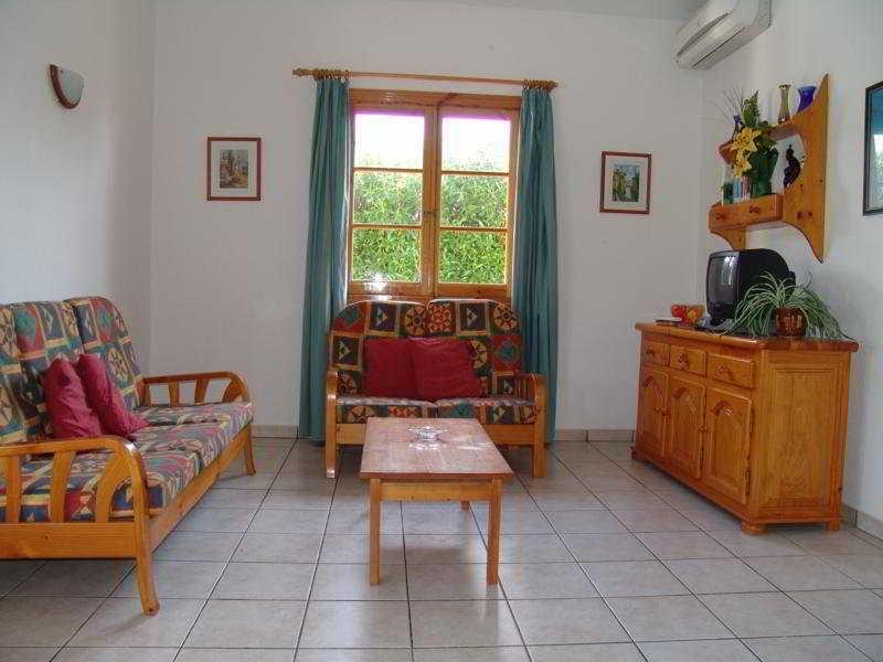 Room Calan Bosch Villas