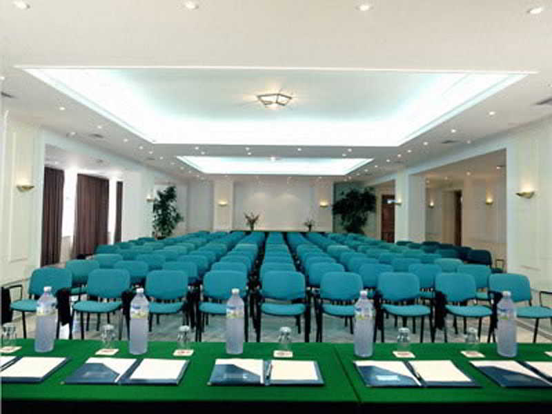 Conferences Samaina Inn Hotel