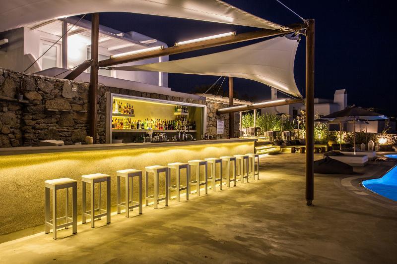 Bar Ostraco Luxury Suites