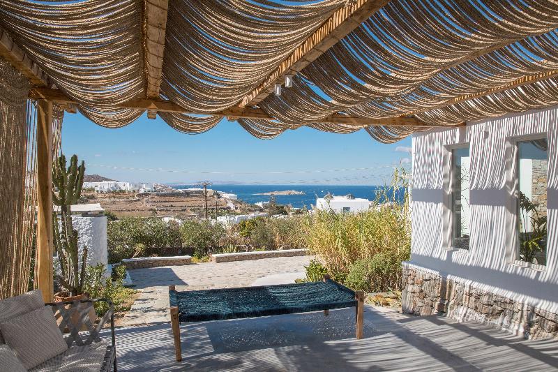 Lobby Ostraco Luxury Suites