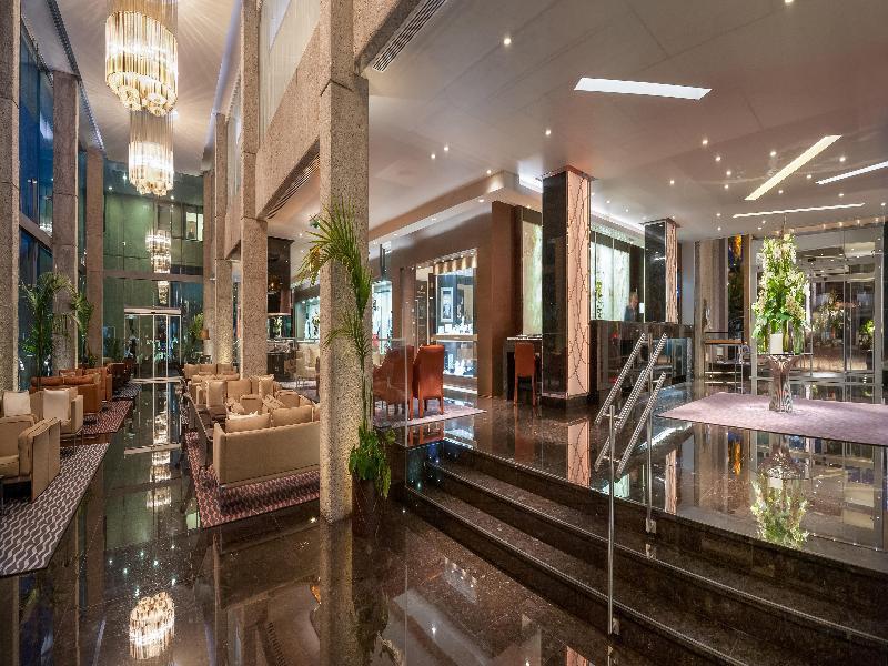 Lobby Amathus Beach Hotel Limassol