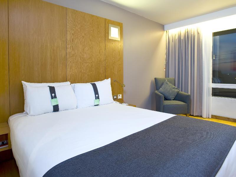 Holiday Inn London-West