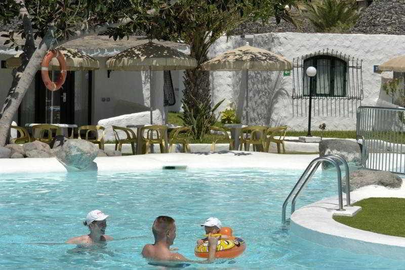 Pool The Mur Bungalows Parque Romántico