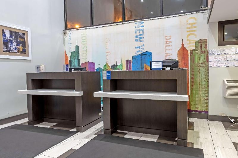 Lobby Best Western At O\'hare