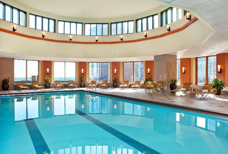 Pool Sheraton Grand Chicago