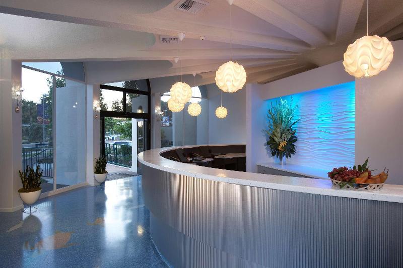 Howard Johnson by Wyndham Anaheim Hotel & Water Playground Foto 9