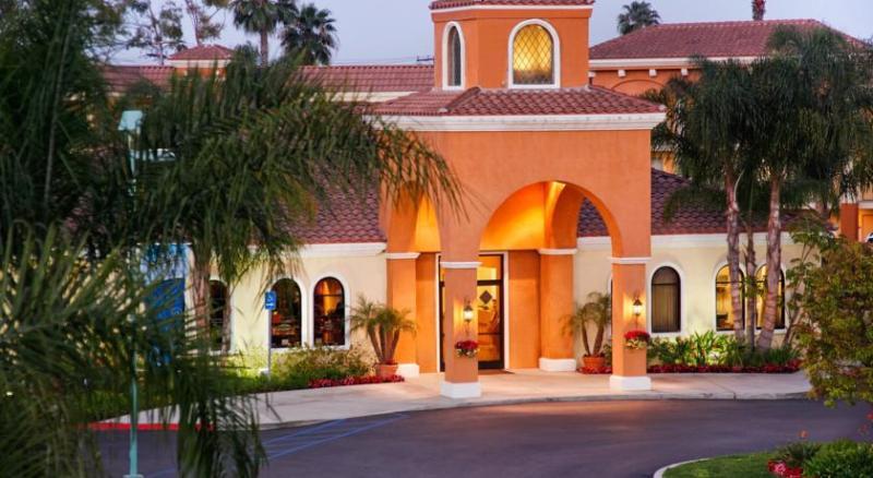 General view Cortona Inn & Suites Anaheim Resort