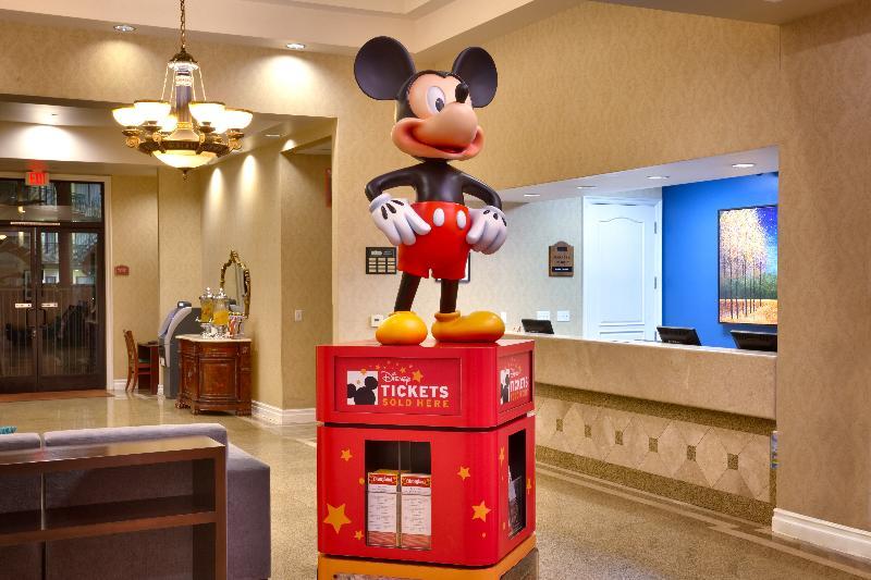 Lobby Cortona Inn & Suites Anaheim Resort