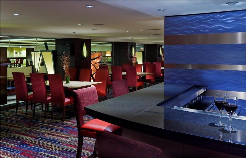 Bar Chicago Marriott Downtown Magnificent Mile