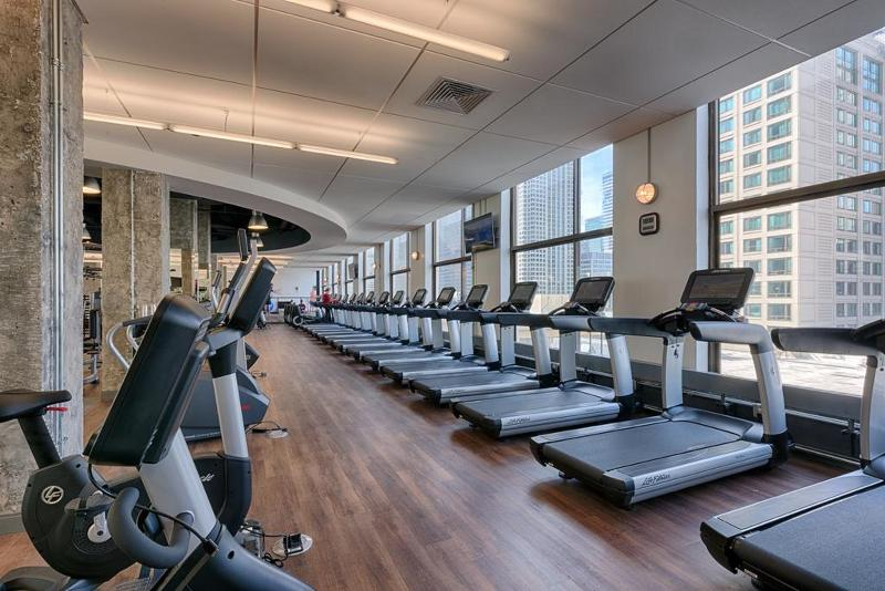 Sports and Entertainment Chicago Marriott Downtown Magnificent Mile