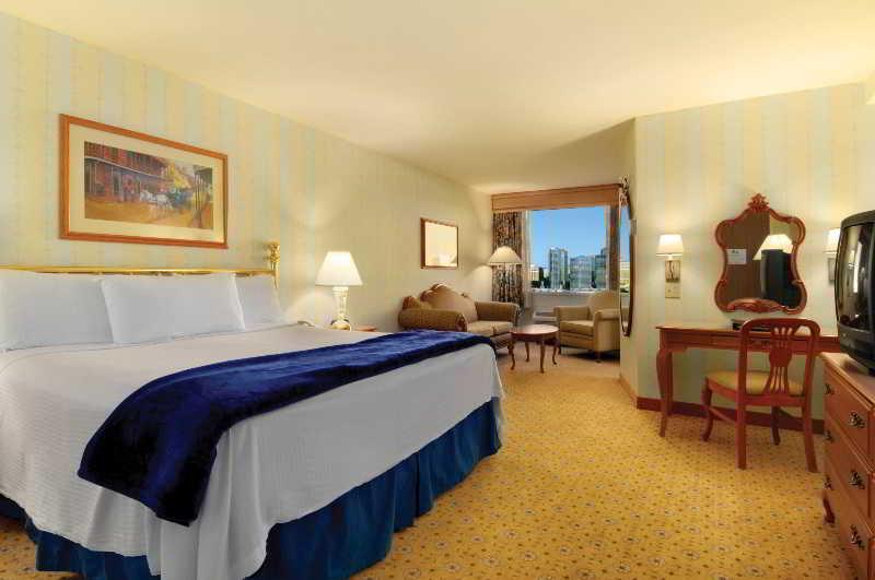 Room Orleans Hotel & Casino