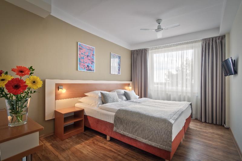 Room Aida