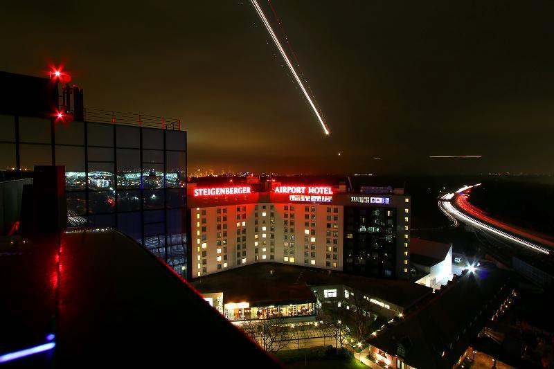 General view Steigenberger Airport Hotel
