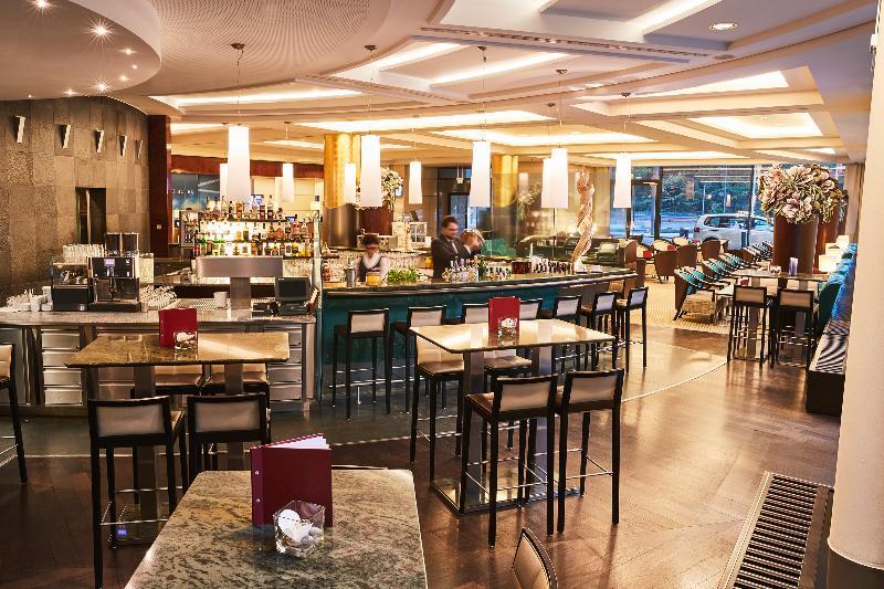 Bar Steigenberger Airport Hotel