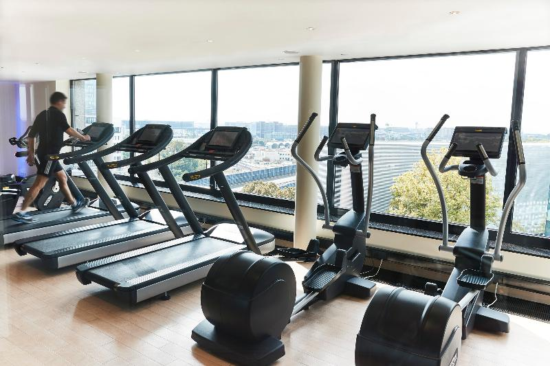 Sports and Entertainment Steigenberger Airport Hotel