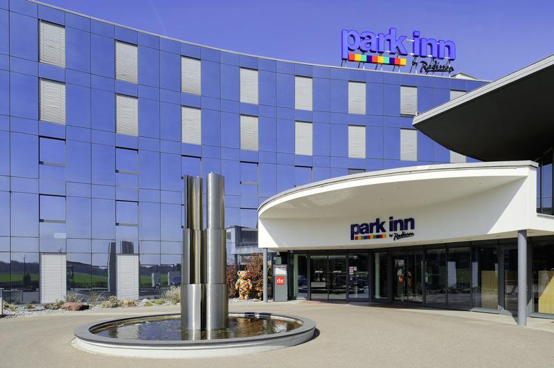 General view Park Inn By Radisson Zurich Airport