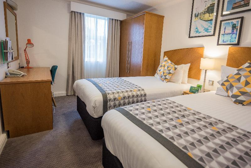 Manchester Hotels With Adjoining Rooms