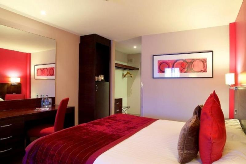 Menzies Aberdeen Airport - Dyce - Room - 15