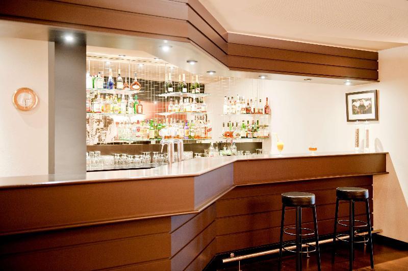 Newhotel Charlemagne - Bar - 6