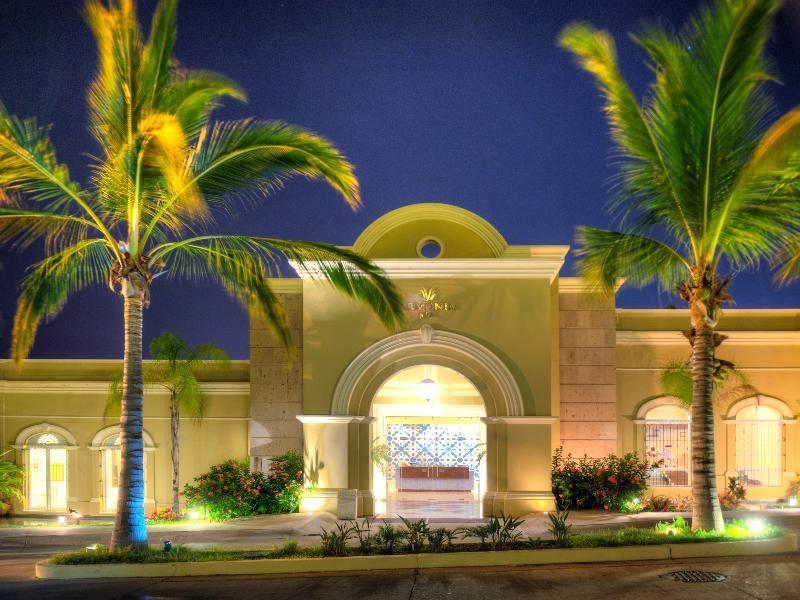 Lobby Pueblo Bonito Emerald Bay Resort & Spa