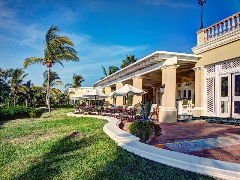 Restaurant Pueblo Bonito Emerald Bay Resort & Spa