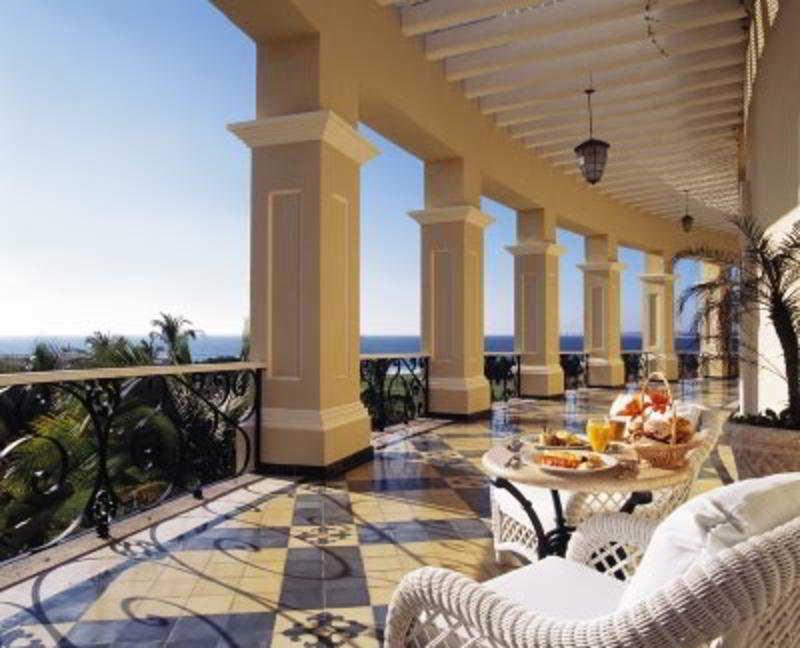 Terrace Pueblo Bonito Emerald Bay Resort & Spa