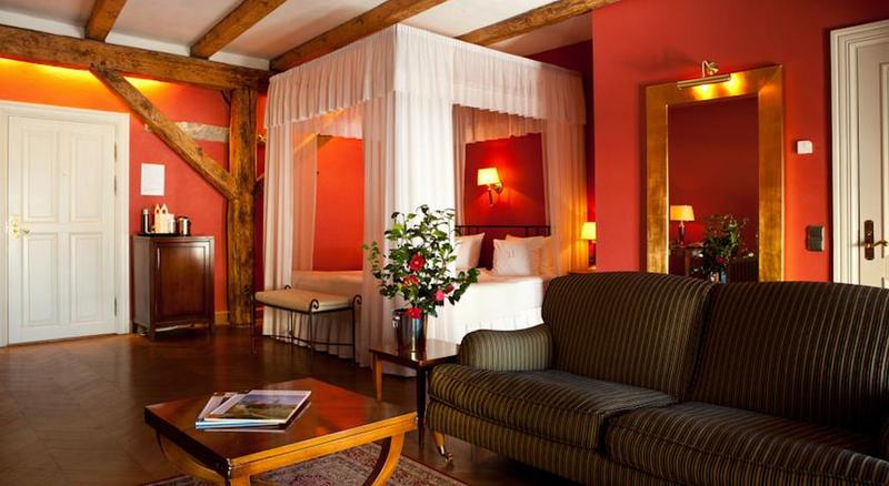 Room Three Sisters Hotel