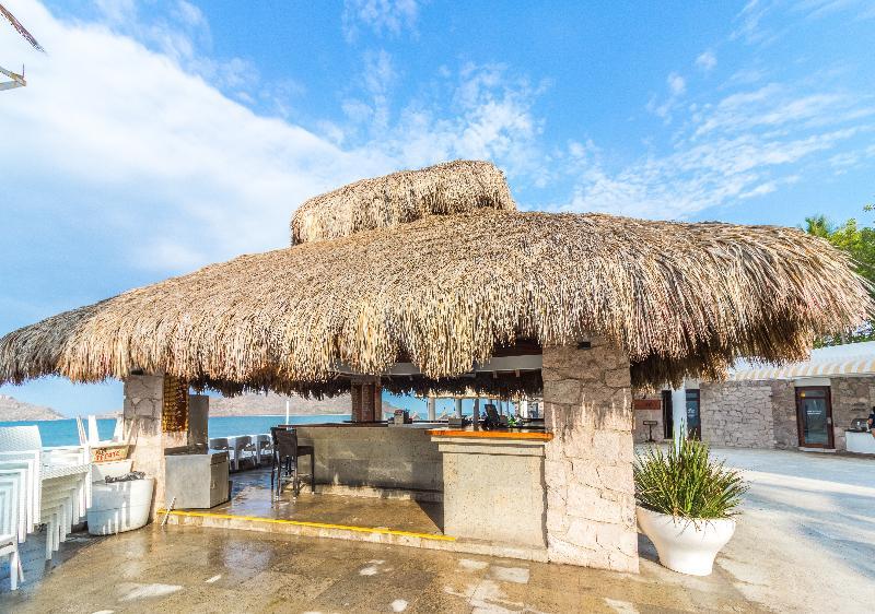 Bar Ramada Resort Mazatlan