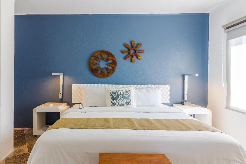 Room Ramada Resort Mazatlan