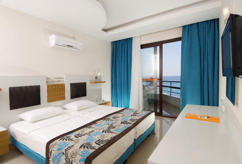 Room Kleopatra Ada Beach