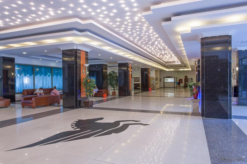 Lobby Pegasos Royal