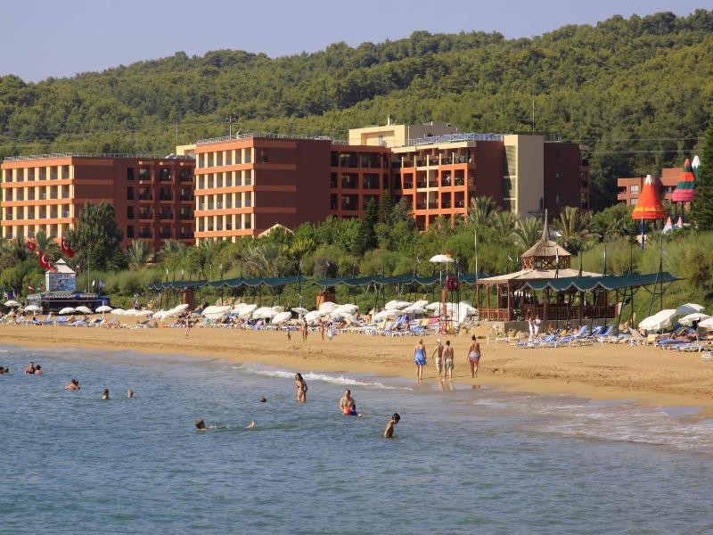 Beach Pegasos Royal