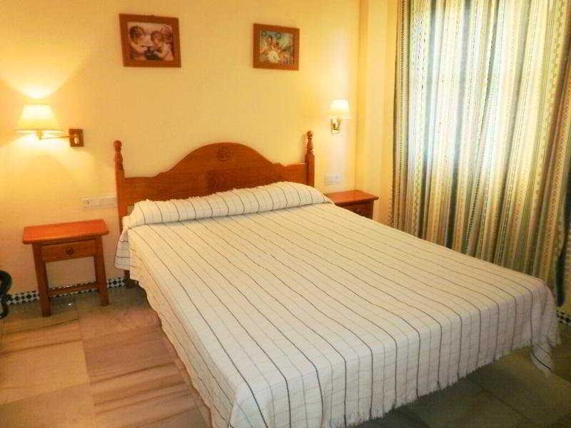Room Rio Marinas Cánovas Nerja