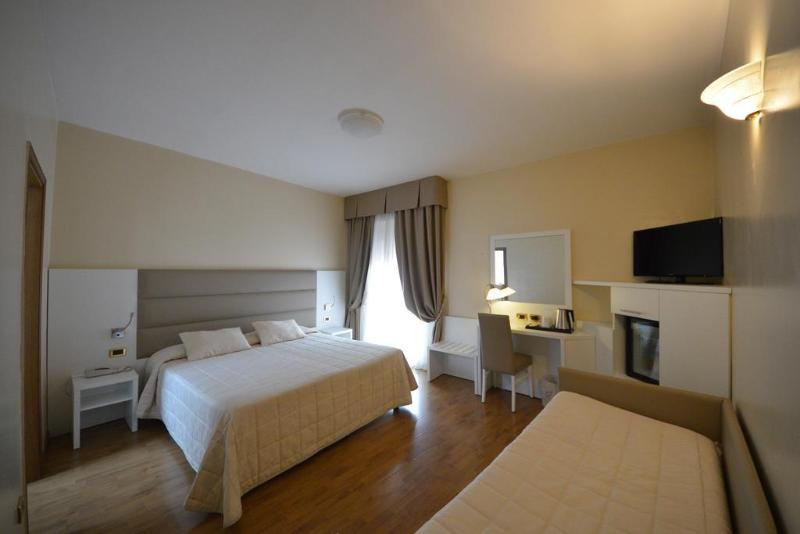Hotel University - Hotel - 10