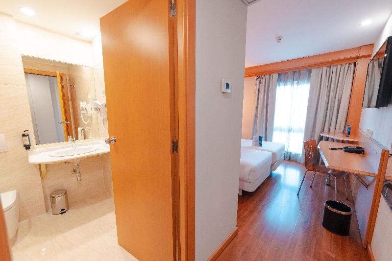 Room Hotel Monte Rozas