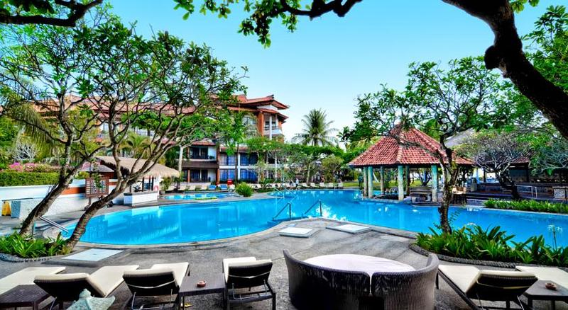 Pool Sol Beach House Benoa Bali
