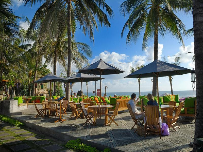 Bar Bali Mandira Beach Resort & Spa
