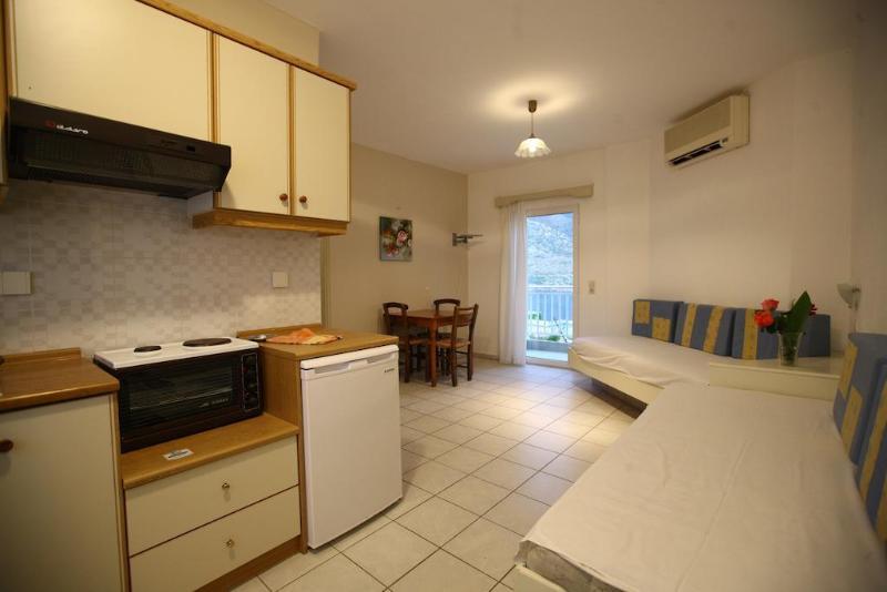 Ormos Atalia Aparthotel