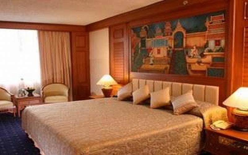 Room Chiang Mai Plaza Hotel