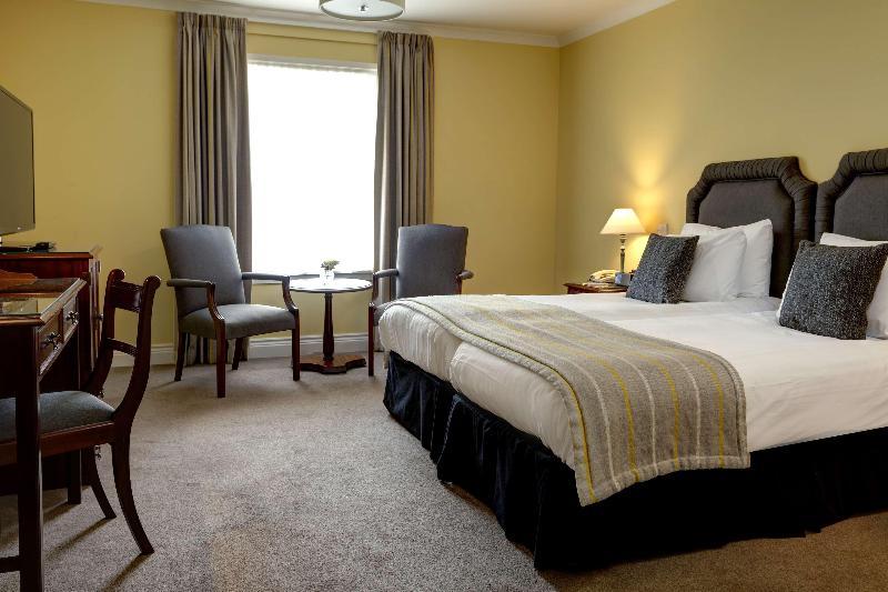 Best W. Plus Dunfermline Crossford Keavil House