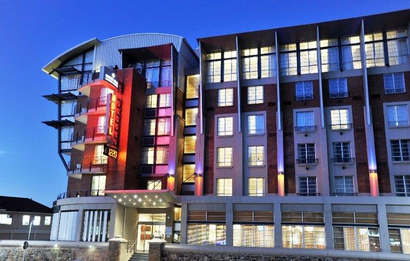 General view Protea Hotel Cape Town Victoria Junction