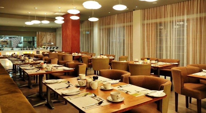 Restaurant Protea Hotel Cape Town Victoria Junction