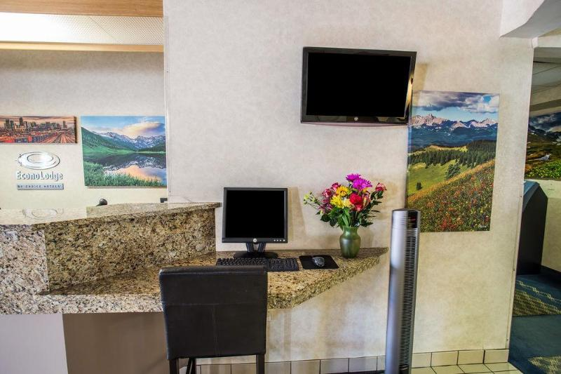 Econo lodge Denver Airport
