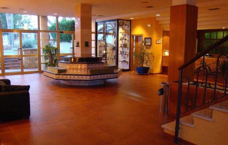 Lobby Club Simo