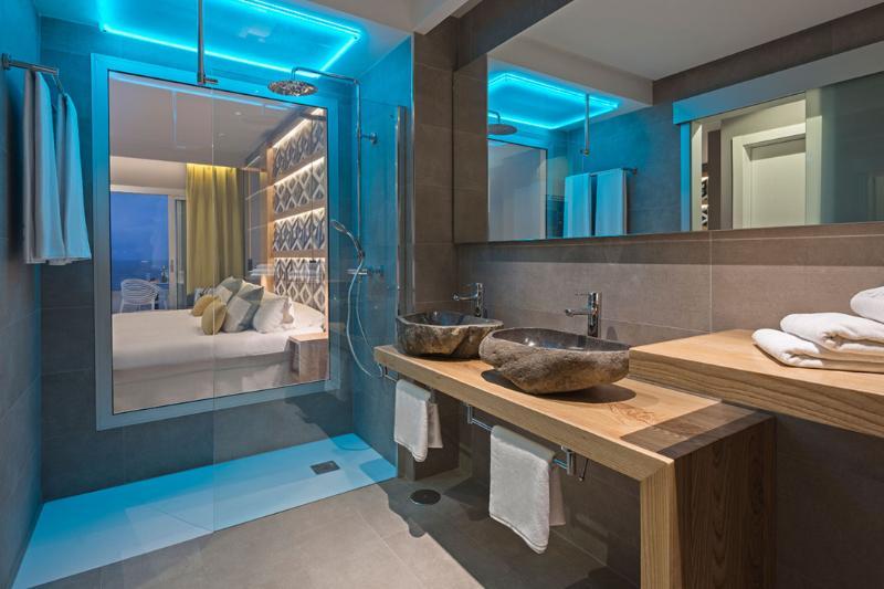 Room Hotel Atlantic Mirage Suites & Spa